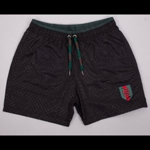 💯% authentic Gucci trunks